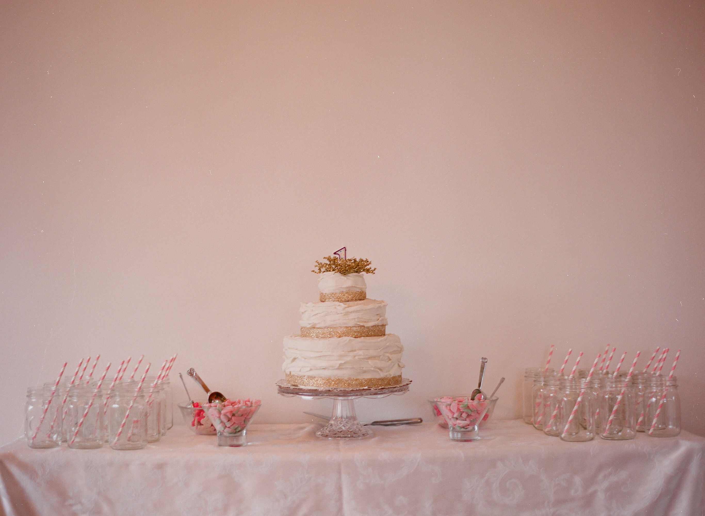 Images Of Birthday Cake Table : Georgiana s 1st Birthday Party! Costa Kitchen