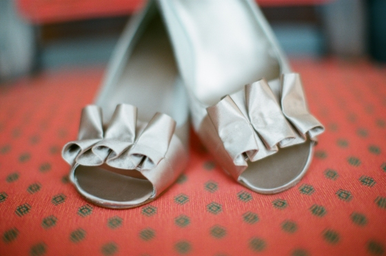 silver_wedding_shoes