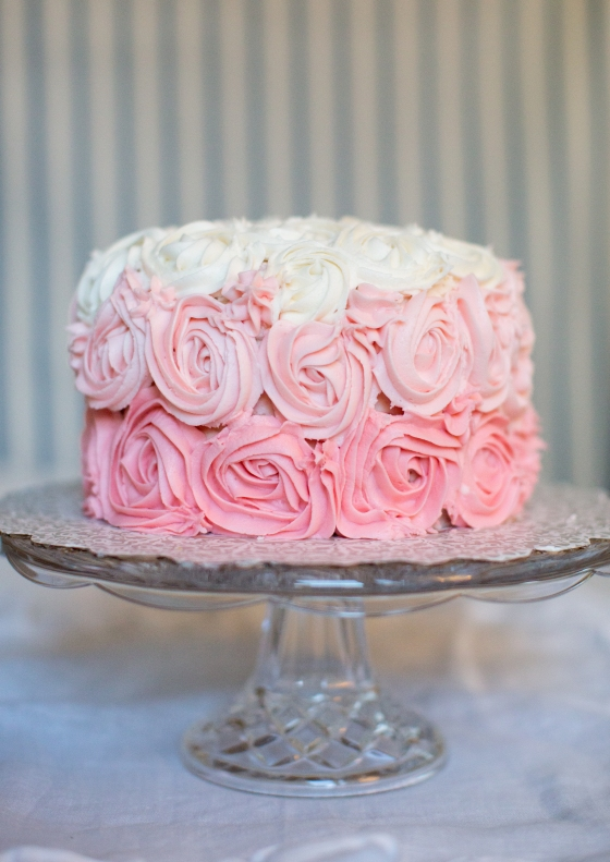 rose_ombre_cake
